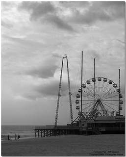 Funtown Pier - Off-Season - BW