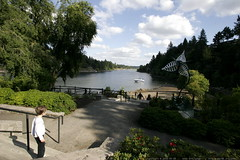 nick on his way down to the shore of the willamette …