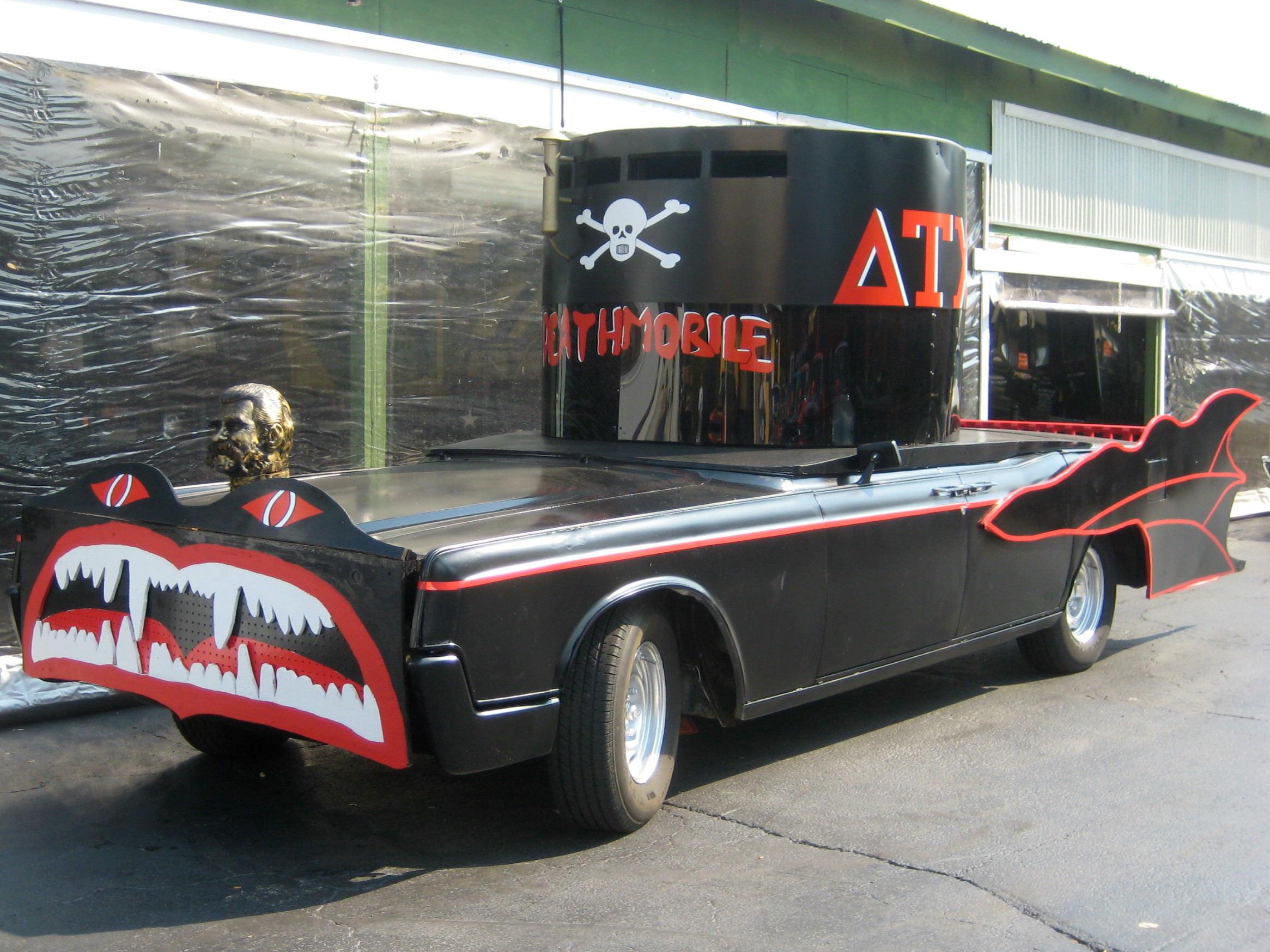 deathmobile from 39 animal house 39 movie 1966 lincoln continental flickr photo sharing. Black Bedroom Furniture Sets. Home Design Ideas