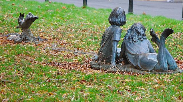 Alice in wonderland statue flickr photo sharing - Alice in wonderland garden statues ...