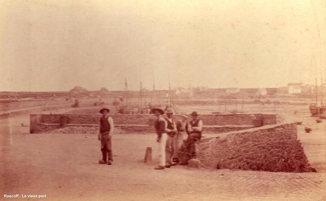 Roscoff - Archives Feutren - Sur le vieux port