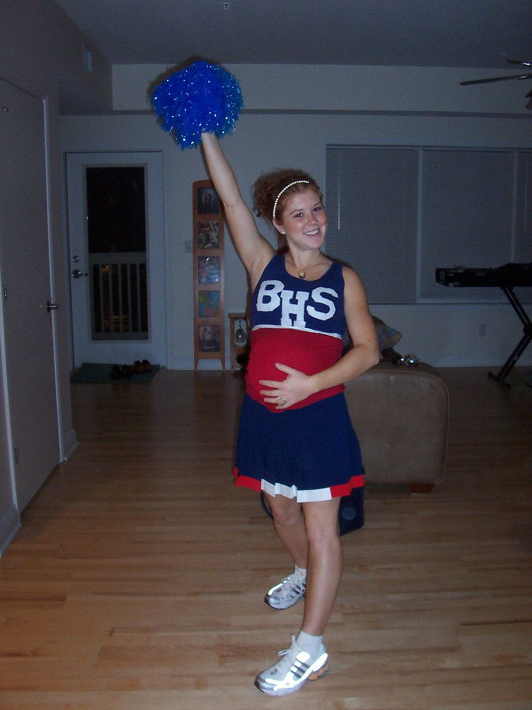 Pregnant high school cheerleader