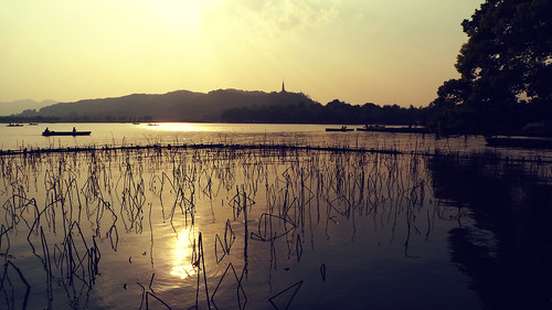 china trip travel sunset sun reflection sunshine lumix panasonic westlake hangzhou 中国 旅游 西湖 日落 杭州 xihu chine zhejiang 浙江 阳光 松下 lx3 dmclx3 panasoniclx3