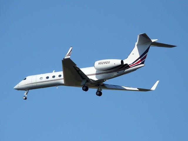 N529QS - GLF5 - Pelangi Air