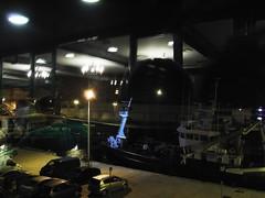 Reflejos del Puerto de Guetaria desde el Restaurante El Astillero