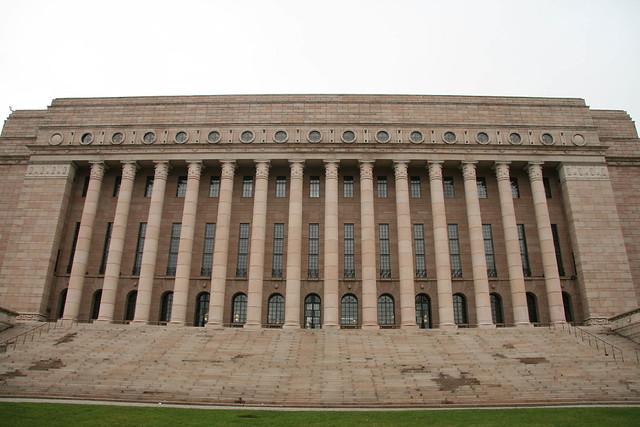 Parlamento de Finlandia, donde se votarán las leyes votadas en el Ministerio Abierto