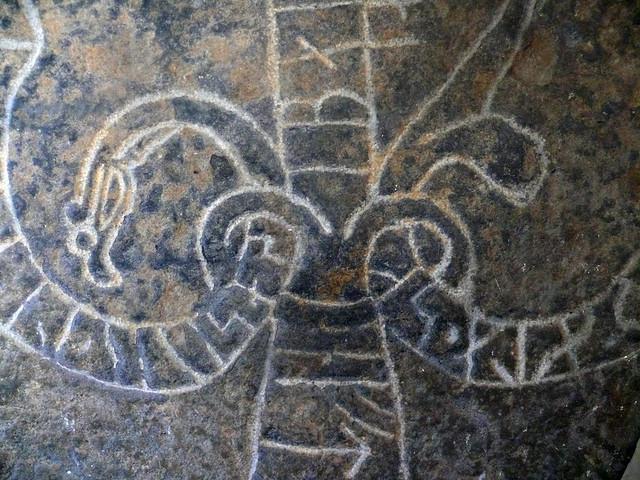 丹麥柏鴻島Rock Carving Nylars Round Church, Bornholm, Denmark圓形教堂石碑特寫3