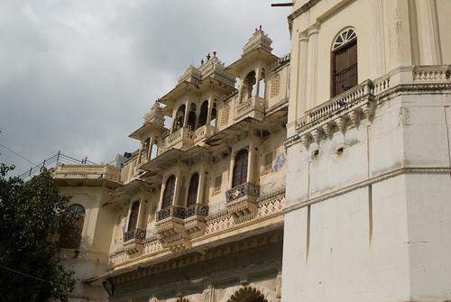 Things to do in Udaipur (Rajasthan) - Take a step back in time at Bagore Ki Haveli and at Bharatiya Lok Kala Mandal