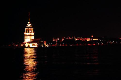 Gece vakti Kız Kulesi
