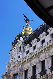 Εικόνα από Edificio Metrópolis κοντά σε City Center. madrid españa building canon spain edificio granvía tomás fano metrópolis