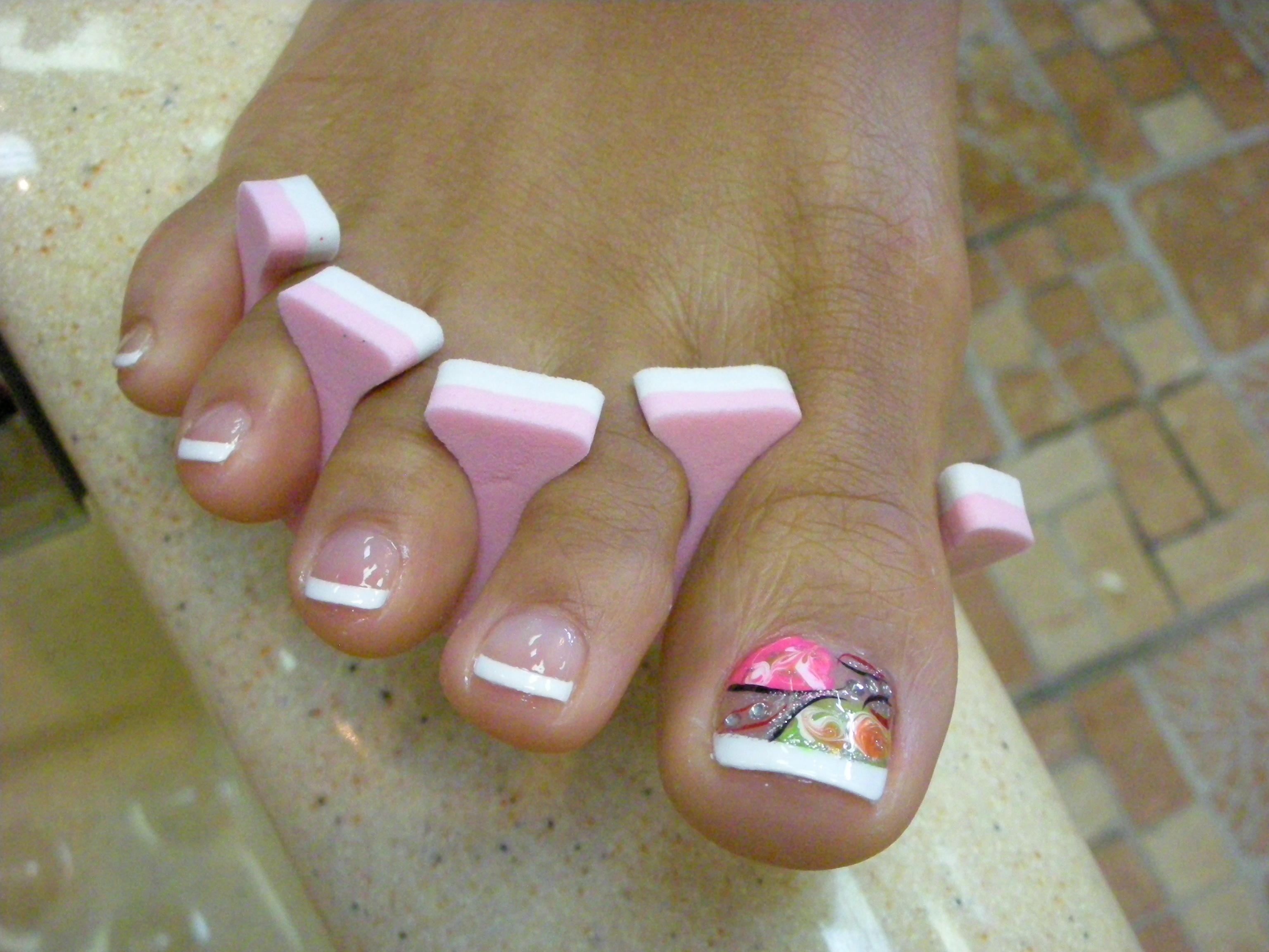 Toe Nail Design With Rhinestone
