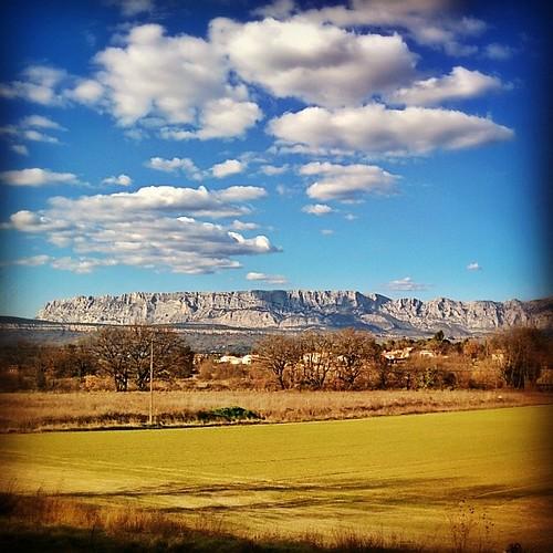 sainte provence victoire peynier uploaded:by=flickstagram tourismepaca instagram:photo=669483961629148807225193712