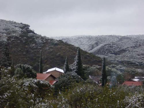Villa Las Pirquitas con nieve, Catamarca