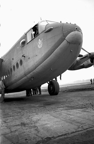 Avro York f3.5 1/20 sec w/wide angle Elmar 07