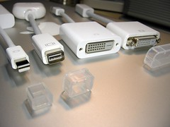 Mac VGA adapters
