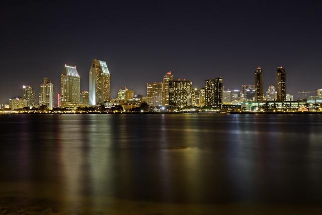 Огни ночного Сан-Диего