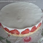 Strawberry-Yoghurt-Torte or tartlets