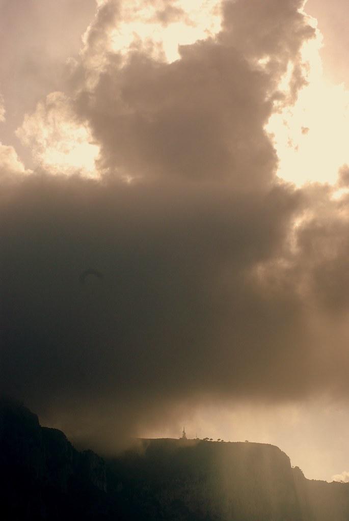 Luce e tempesta
