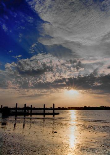 sunset sun water beauty river dock flare tamron1750f28 mywinners abigfave platinumphoto canon40d