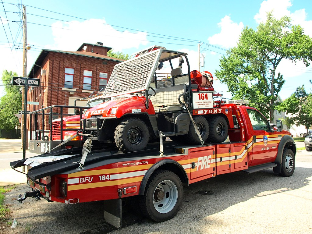 E164s FDNY BFU 164 Fire Vehicle with Trailer, Huguenot, Staten Island, New York City