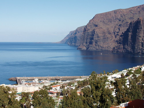 About tenerife how admiral nelson lost his arm here why for Piscinas en los gigantes tenerife
