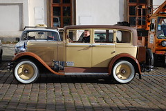 automobile, ford model a, vehicle, compact car, antique car, classic car, vintage car, land vehicle, luxury vehicle, motor vehicle, classic,