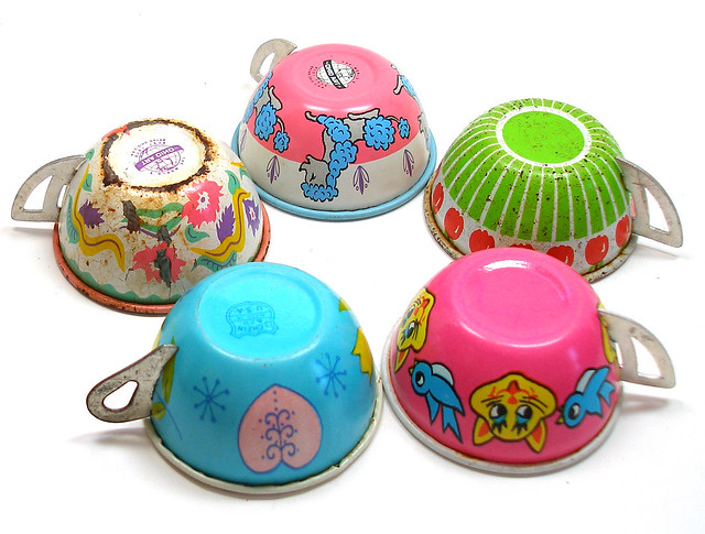 Vintage kids tin tea cups flickr photo sharing - Cups and kids ...
