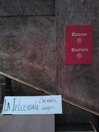 Virgin Megastore Champs Elysées closing / fermeture