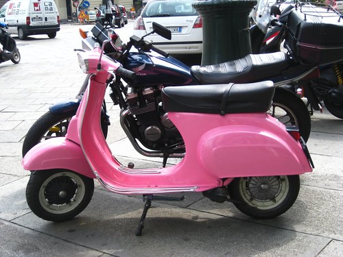 1000+ images about Vespa Love on Pinterest | Pink vespa ...