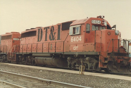 Former Detroit, Toledo & Ironton Railroad EMD road switchers idling at the Grand Trunk Western RR Elsdon Yard. ( Gone.) Chicago Illinois. June 1984. by Eddie from Chicago