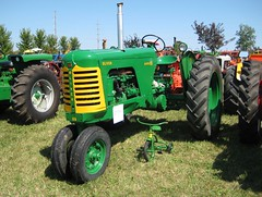 field(0.0), plough(0.0), harvester(0.0), farm(1.0), vehicle(1.0), agricultural machinery(1.0), land vehicle(1.0), tractor(1.0),