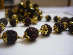 Benefits Of Wearing Rudraksha Beads