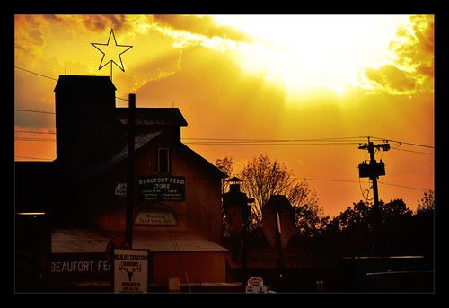 light sunset orange usa sun color building art lines sign yellow electric star store nikon pole missouri americana feed nikkor beaufort d90 franklincounty 18105mm flickrlovers flickrsmasterpieces