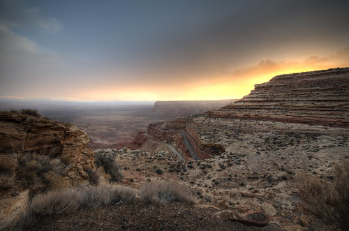 road sunset utah monumentvalley gravel 261 switchbacks dugway mokeedugway navajonation mokee