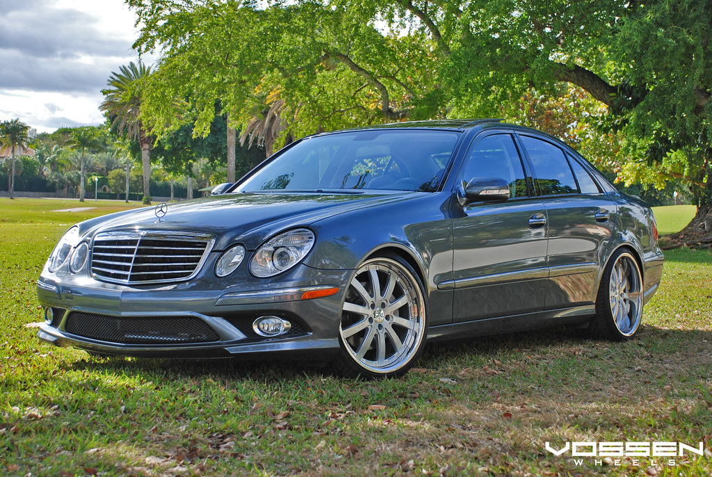 vossen wheels mercedes benz e550 with 20 staggered vvs. Black Bedroom Furniture Sets. Home Design Ideas