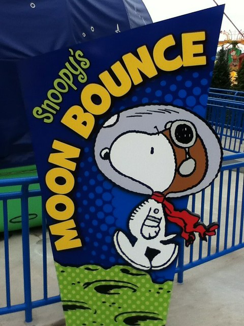 Snoopy el primer perro en la luna NASA