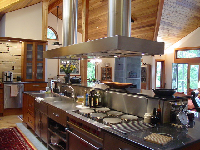 38590 custom craftsman lindal cedar home with for Professional kitchen design
