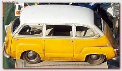 model car(0.0), seat 600(0.0), subcompact car(0.0), city car(0.0), compact car(0.0), zastava 750(0.0), antique car(0.0), automobile(1.0), van(1.0), vehicle(1.0), fiat 600(1.0), microvan(1.0), vintage car(1.0), land vehicle(1.0),