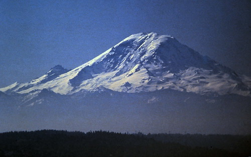 gm_17400 Mount Rainier, WA 1982