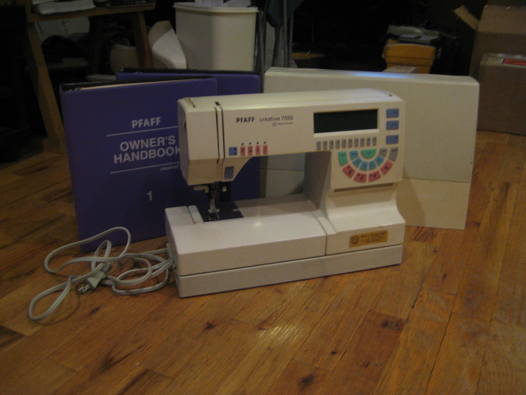 pfaff creative 7550 sewing machine