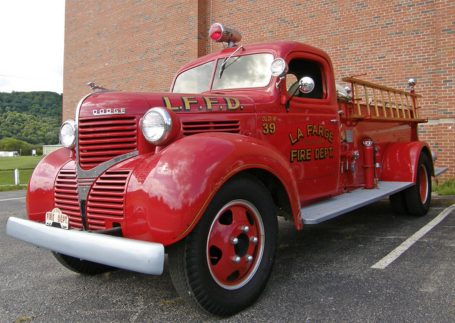 1938 or 1939 Dodge fire truck | Flickr - Photo Sharing!