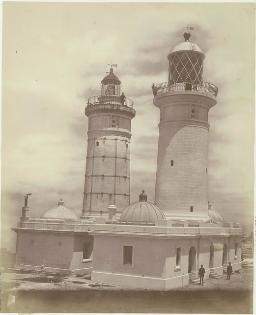 Macquarie Lighthouse, Vaucluse N.S.W. : old and new side-by-side, 1884