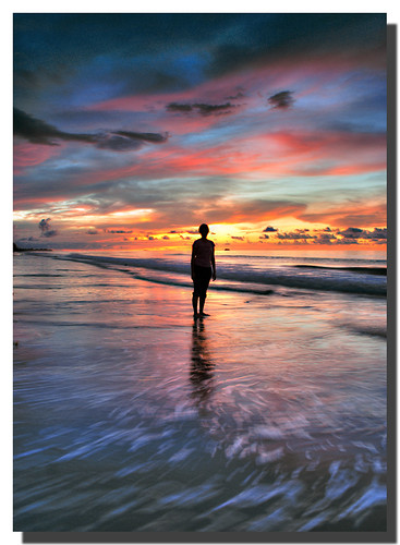ocean sunset red sky orange reflection beach silhouette clouds waves cloudy dusk sony best a200 sabah kota kinabalu malaysianphotographer anawesomeshot noracarol sabahanphotographer landscapephotographerfromsabah womanlandscapephotographer womaninphotography