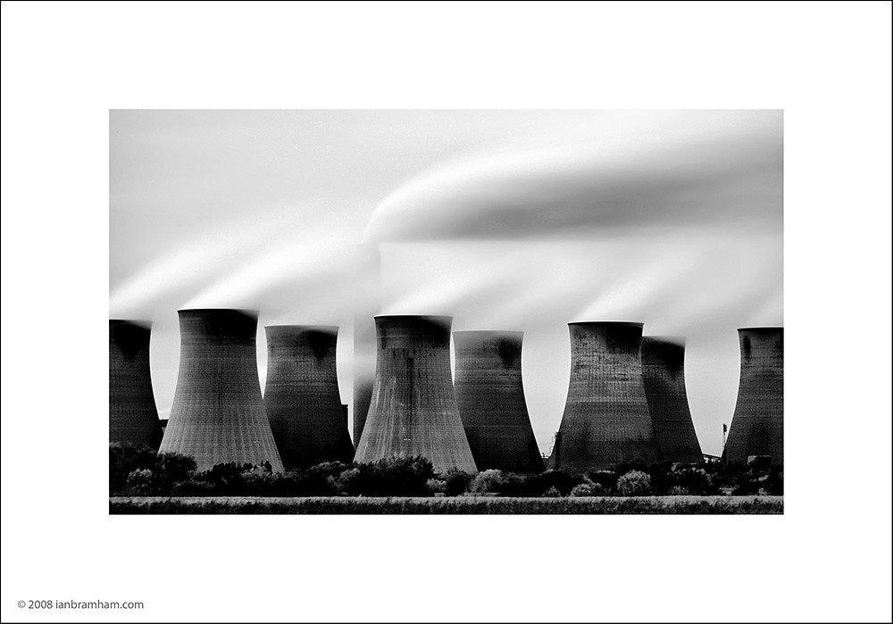 Cottam Power Station, Nottinghamshire by Ian Bramham