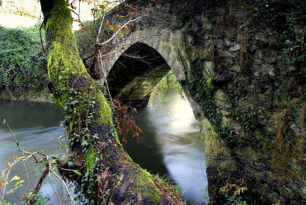 http://www.panoramio.com/photo/99947052