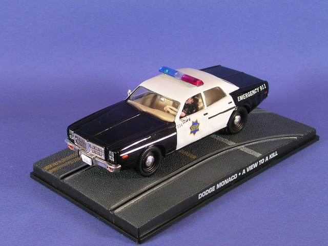 les voitures de james bond 007 dodge monaco police flickr photo sharing. Black Bedroom Furniture Sets. Home Design Ideas