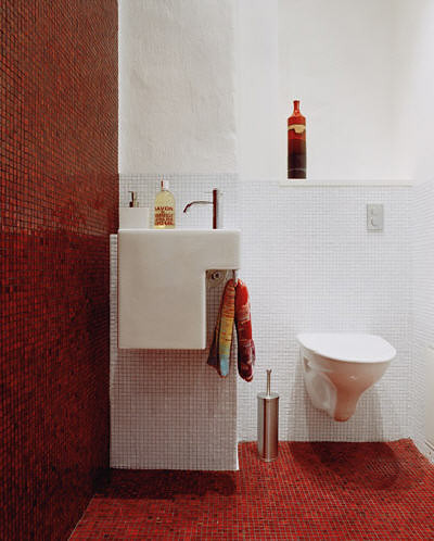 Beautiful Home Bathroom White And Red Bathroom White And Red