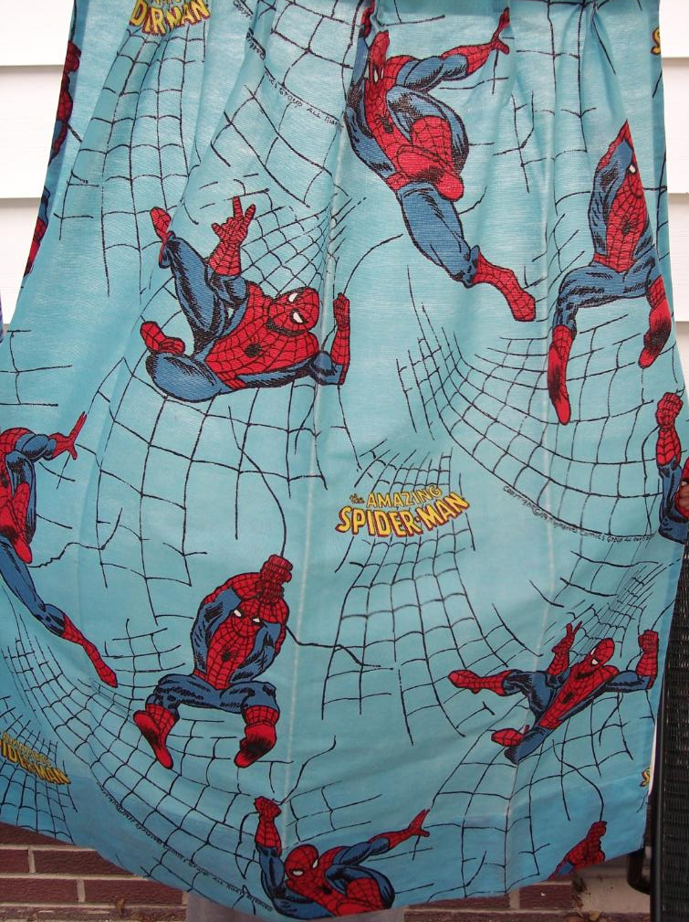 spidey_77curtains.jpg