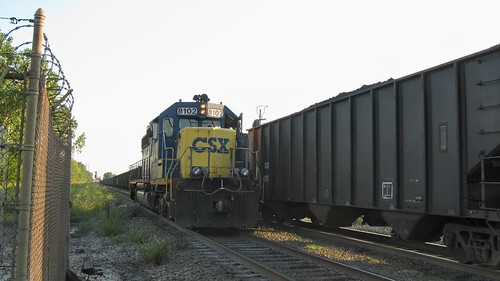 Southbound CSX Transportation Co light engine movement. Hawthorne Junction. Chicago / Cicero Illinois. September 2008. by Eddie from Chicago
