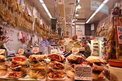 supermarket(0.0), stall(0.0), city(0.0), public space(0.0), grocery store(0.0), delicatessen(0.0), retail-store(0.0), meal(1.0), market(1.0), charcuterie(1.0), meat(1.0), food(1.0), bazaar(1.0), butcher(1.0),
